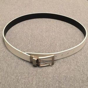 """Men's Belt Reversible Black or White 42"""""""
